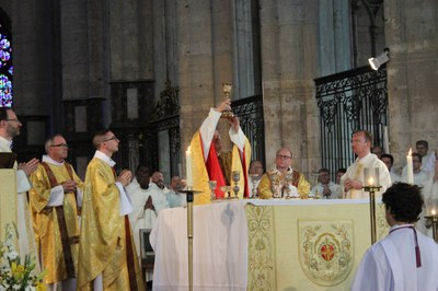 12b eucharistie vin