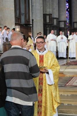 13c communion 03