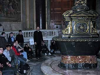 2655.Mardi 22, visite de la Basilique Majeure St Jean de Latran