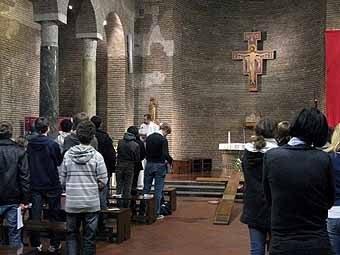 2763. Soirée Réconciliation au Centre des Jeunes San Lorenzo
