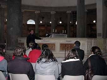 2775. Visite de l'église Saint Stéphano Rotondo